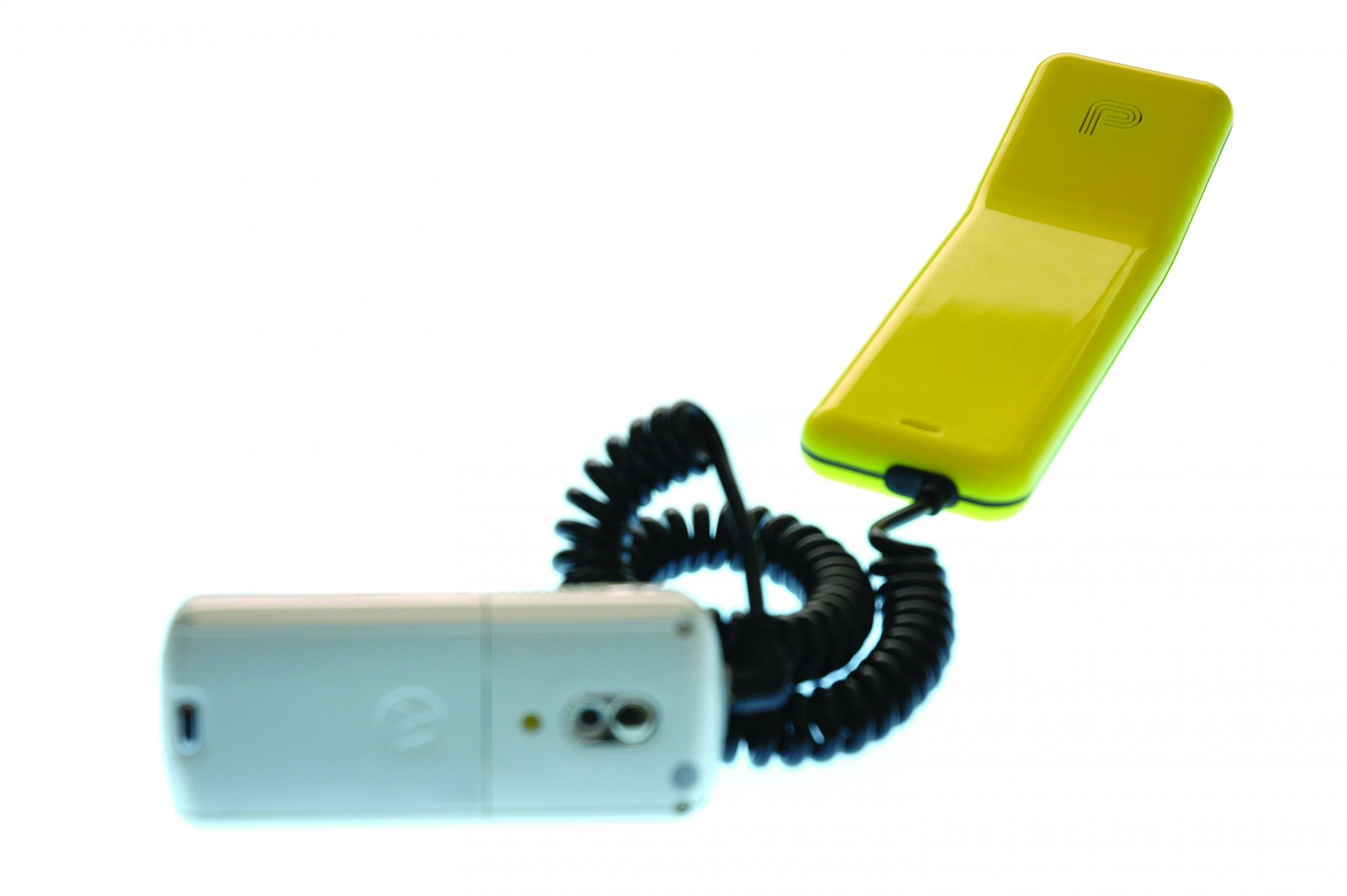 PIP_YEL_4 Hulger Phones Hulger