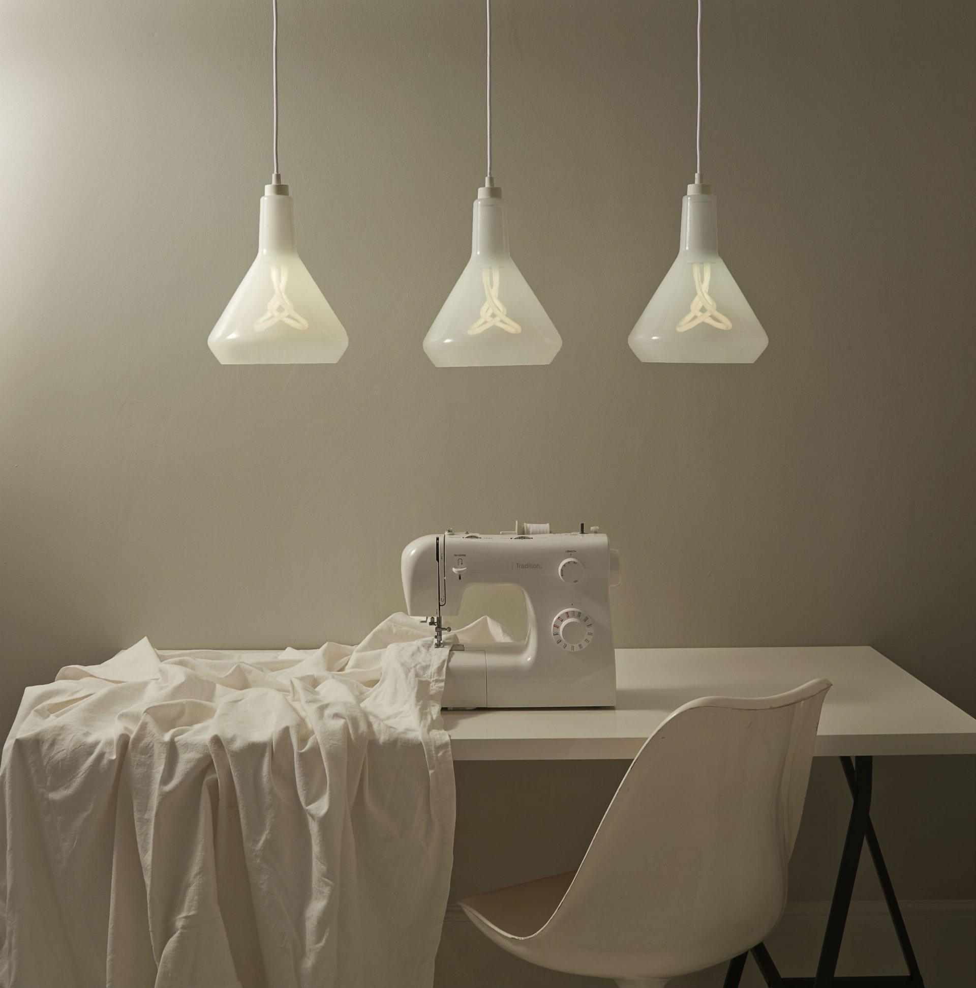PLUMEN-Drop-Top-Lamp-Shade-White-seamstress__3_ Drop Top Hulger
