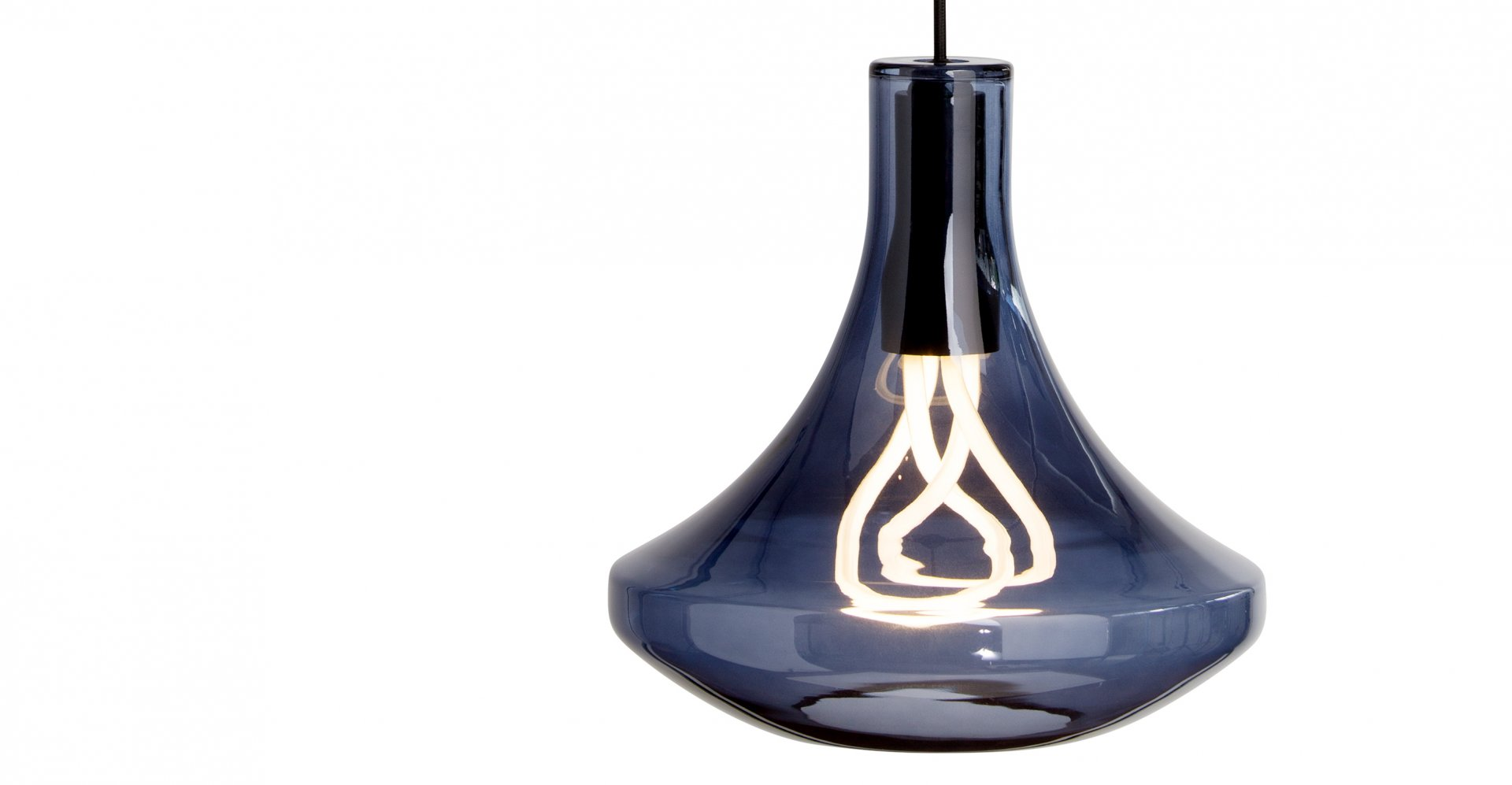 003_Plume_Light_Smoke_Blue_LB1 Made.com Hulger