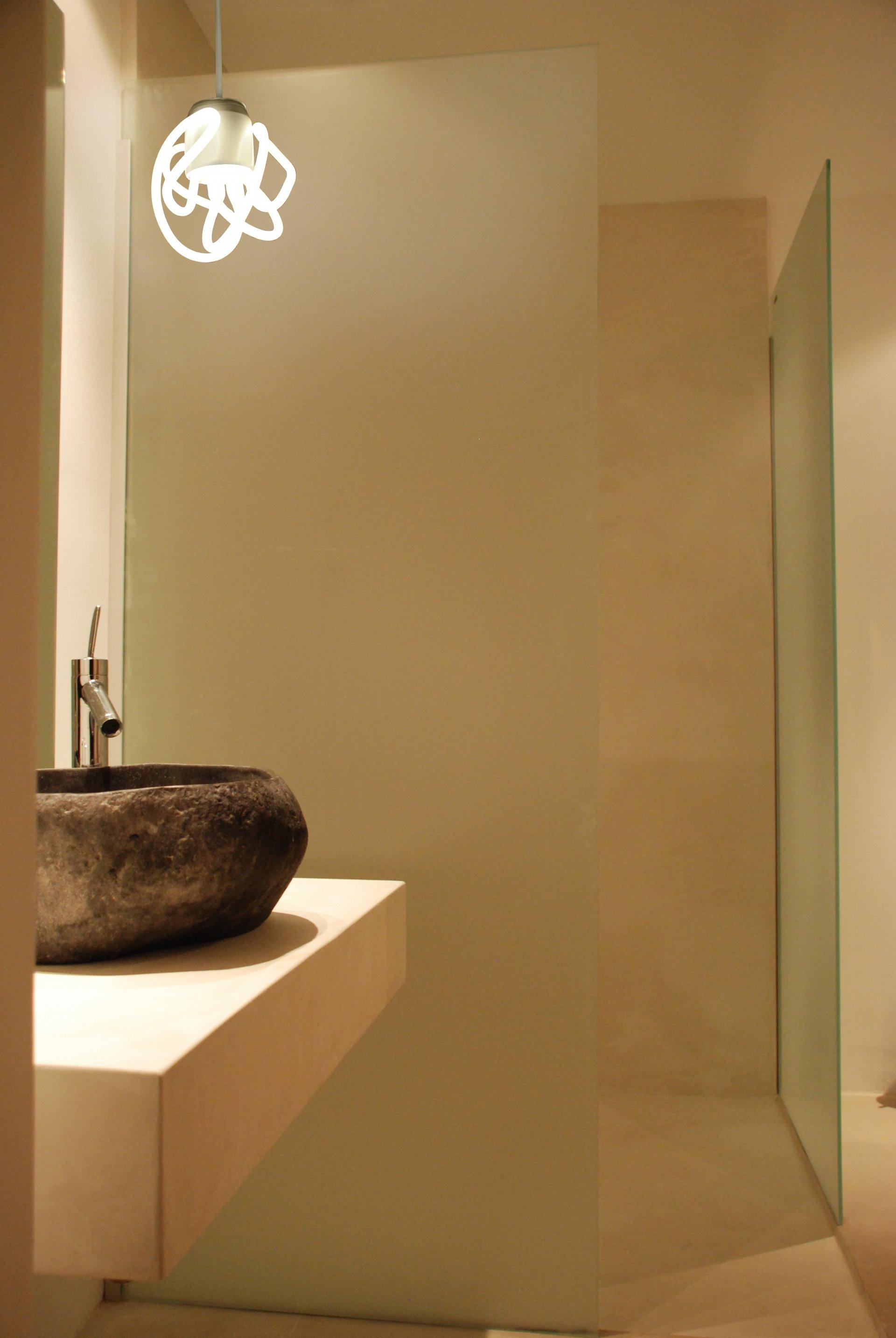 plumen-prototype-3-bathroom Prototypes (3 different neons) Hulger